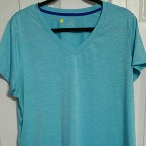Xersion Tops - Women's size 1X Workout V Neck Top